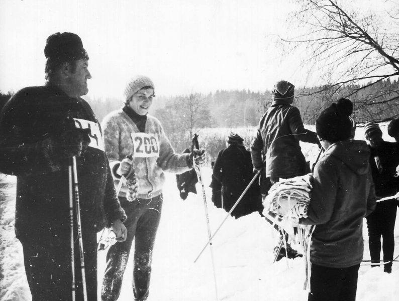 Apkārt Alaukstam 1984. gads